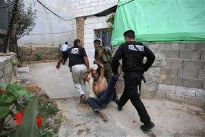 تعذيب اجهزة عباس للمواطنين